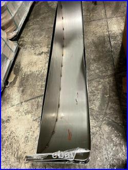 72 (L) x 10 3/4 (W) x 20 (H) 16-Gauge Steel Trailer Fender with Backplate BENT