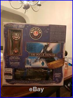 BRAND NEW LIONEL Polar Express Electric O Gauge Model Train Set With Remote