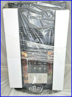 Masterbuilt MES 35B Electric Smoker with Built-in Temperature Gauge NOB